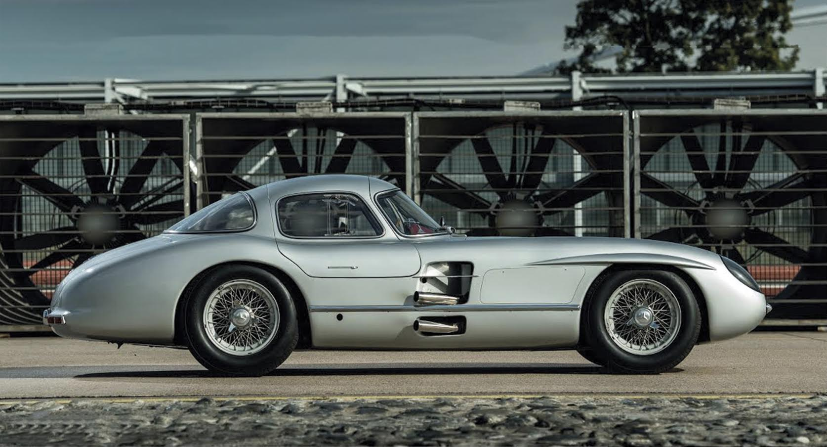 Mercedes Benz 300 Slr Uhlenhaut Coupe An All Time Legend Carlassic