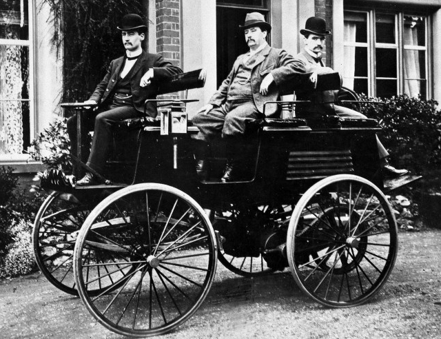 Electric car by Thomas Davenport