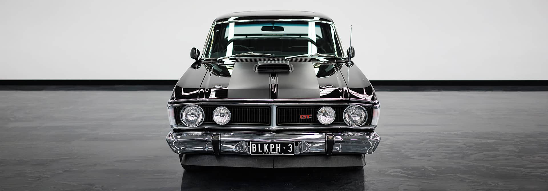 Gosford Classic Car Museum - Over 400 Classic Cars - CARLASSIC