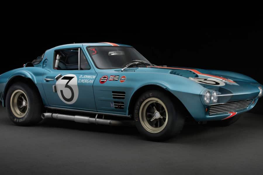 corvette-gran-sport-front-3-4-900x600