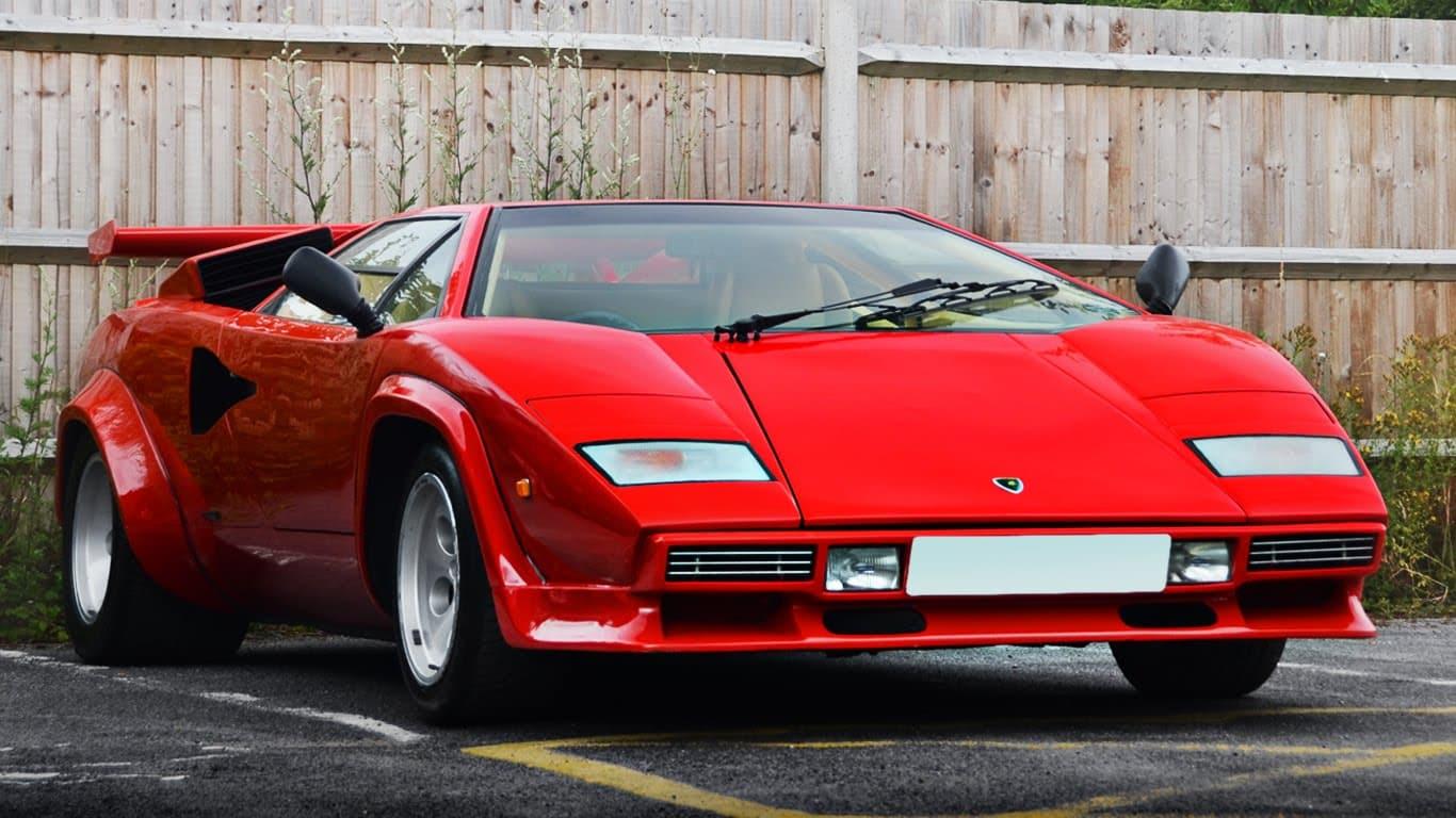 Lambo Lovers It S Lamborghini Countach 5000s Carlassic